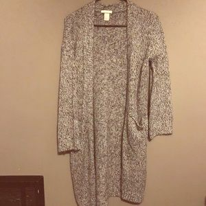 Woman's H&M Cardigan size xsmall